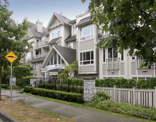 """Main Photo: 314 333 E 1ST ST in North Vancouver: Lower Lonsdale Condo for sale in """"THE VISTA AT HAMERSLEY PARK"""" : MLS®# V606386"""