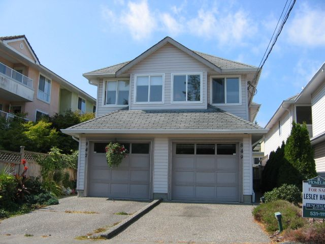 "Main Photo: 849 HABGOOD Street in White_Rock: White Rock House 1/2 Duplex for sale in ""East Beach Area"" (South Surrey White Rock)  : MLS®# F2713006"