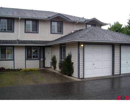 """Main Photo: 121 5360 201ST Street in Langley: Langley City Townhouse for sale in """"Garden Grove"""" : MLS®# F2808069"""