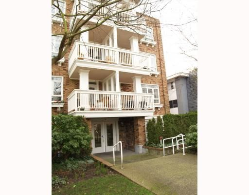 Main Photo: # 402 2036 YORK AV in Vancouver: Condo for sale : MLS®# V808882