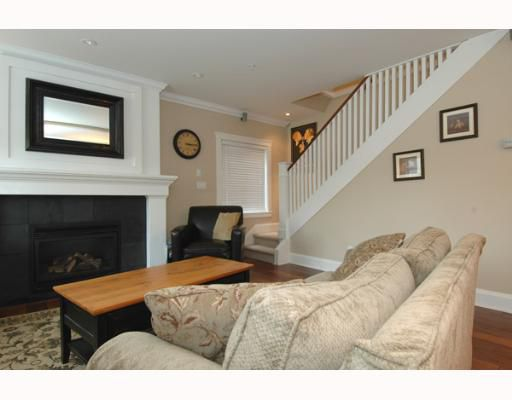 Main Photo: 4878 QUEBEC Street in Vancouver: Main House for sale (Vancouver East)  : MLS®# V641160