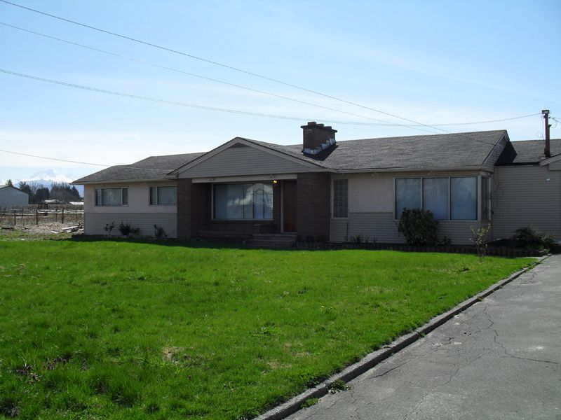 Main Photo: 32172 HUNTINGDON RD in ABBOTSFORD: Poplar House for rent (Abbotsford)