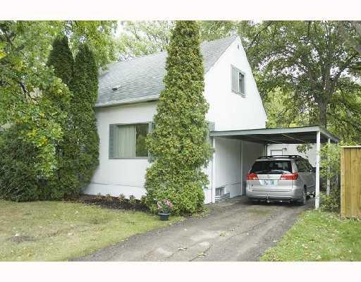 Main Photo: 528 OAKENWALD Avenue in WINNIPEG: Fort Garry / Whyte Ridge / St Norbert Single Family Detached for sale (South Winnipeg)  : MLS®# 2715905