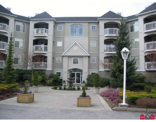 """Main Photo: 304 5677 208TH Street in Langley: Langley City Condo for sale in """"IVE LEA on the Meadows"""" : MLS®# F2810699"""
