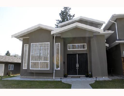 Main Photo: 7260 KITCHENER Street in Burnaby: Simon Fraser Univer. House 1/2 Duplex for sale (Burnaby North)  : MLS®# V699301