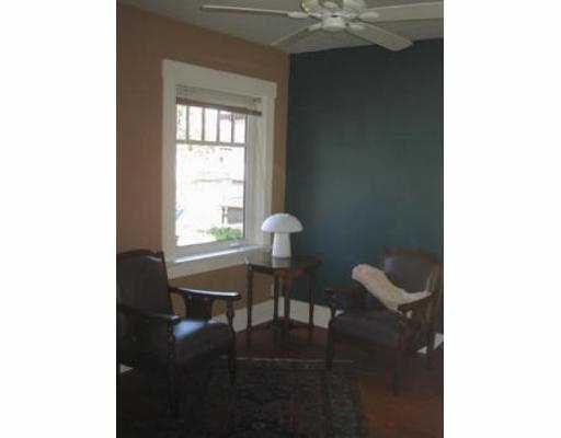 Photo 6: Photos: 1541 E 12TH AV in Vancouver: Grandview VE House for sale (Vancouver East)  : MLS®# V558473