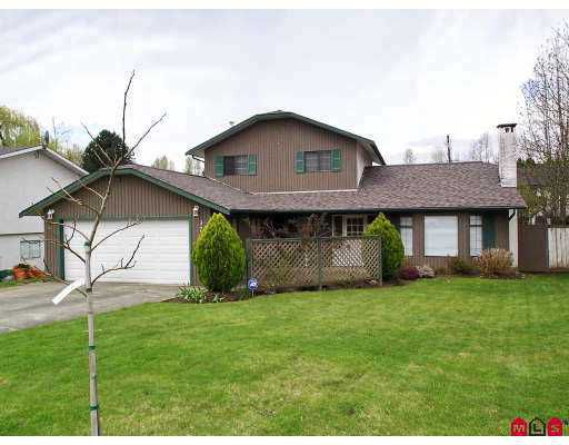 """Main Photo: 3703 BURNSIDE Drive in Abbotsford: Abbotsford East House for sale in """"Sandy Hill"""" : MLS®# F2708530"""
