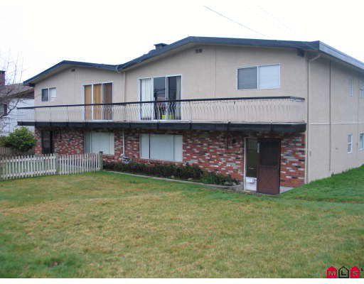 Main Photo: 7693 115TH Street in Delta: Scottsdale House Duplex for sale (N. Delta)  : MLS®# F2807525