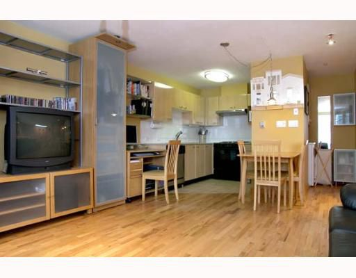 "Main Photo: 314 638 W 7TH Avenue in Vancouver: Fairview VW Condo for sale in ""OMEGA CITIHOMES"" (Vancouver West)  : MLS®# V648644"