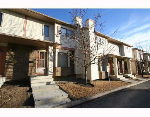 Main Photo: 116 PATINA Park SW in CALGARY: Prominence Patterson Townhouse for sale (Calgary)  : MLS®# C3309626