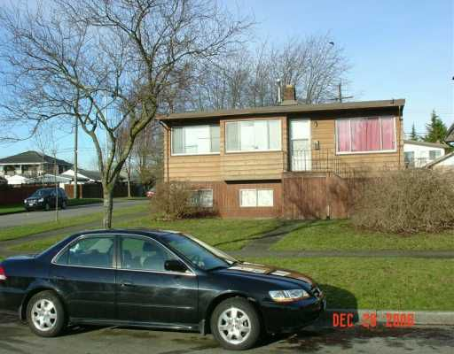 "Main Photo: 1807 UPLAND Drive in Vancouver: Fraserview VE House for sale in ""FRASERVIEW"" (Vancouver East)  : MLS®# V624719"