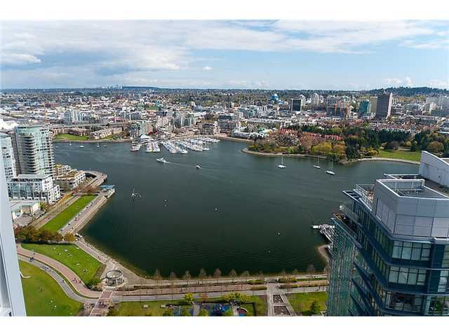 "Main Photo: # 4102 1408 STRATHMORE MEWS BB in Vancouver: False Creek North Condo for sale in ""WEST ONE"" (Vancouver West)  : MLS®# V886987"