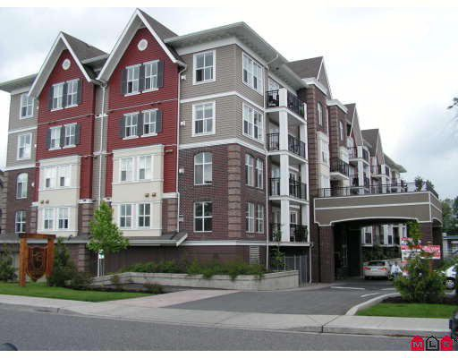 """Main Photo: 303 8933 EDWARD Street in Chilliwack: Chilliwack W Young-Well Condo for sale in """"KING EDWARD"""" : MLS®# H2803180"""