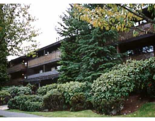"Main Photo: 218 330 E 7TH AV in Vancouver: Mount Pleasant VE Condo for sale in ""LANDMARK BELVEDERE"" (Vancouver East)  : MLS®# V569537"