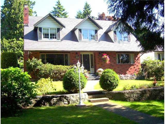 Main Photo: 532 East 19th Street in North Vancouver: Boulevard House for sale : MLS®# V863862