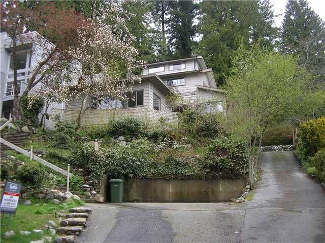 Main Photo: 1010 CHAMBERLAIN DR in North Vancouver: Lynn Valley House for sale : MLS®# V887232