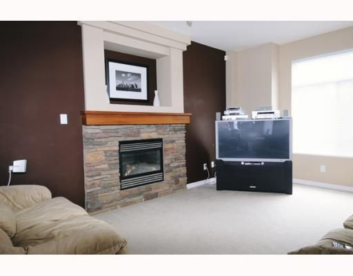 Main Photo: 23605 DEWDNEY TRUNK RD in Maple Ridge: Condo for sale : MLS®# V757687