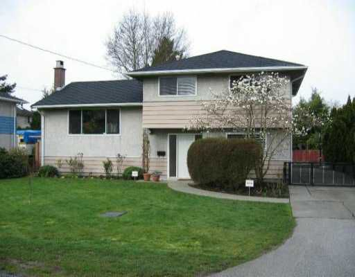 """Main Photo: 8471 LAIDMORE Road in Richmond: Seafair House for sale in """"SEAFAIR"""" : MLS®# V637325"""