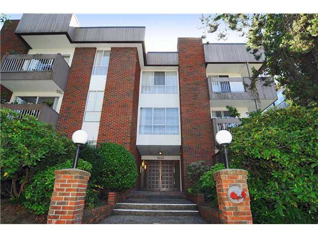 """Main Photo: # 203 1640 W 11TH AV in Vancouver: Fairview VW Condo for sale in """"HERITAGE HOUSE"""" (Vancouver West)  : MLS®# V908583"""