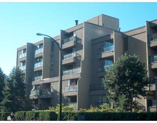"""Main Photo: 706 1040 PACIFIC Street in Vancouver: West End VW Condo for sale in """"CHELSEA TERRACE"""" (Vancouver West)  : MLS®# V693318"""