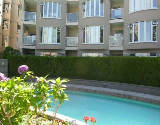 """Main Photo: 111 1236 W 8TH AV in Vancouver: Fairview VW Condo for sale in """"GALLERIA II"""" (Vancouver West)  : MLS®# V603674"""