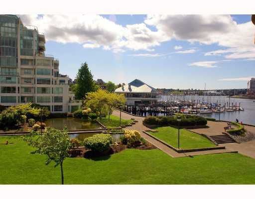 "Main Photo: 317 525 WHEELHOUSE Square in Vancouver: False Creek Condo for sale in ""HENLEY COURT"" (Vancouver West)  : MLS®# V715697"