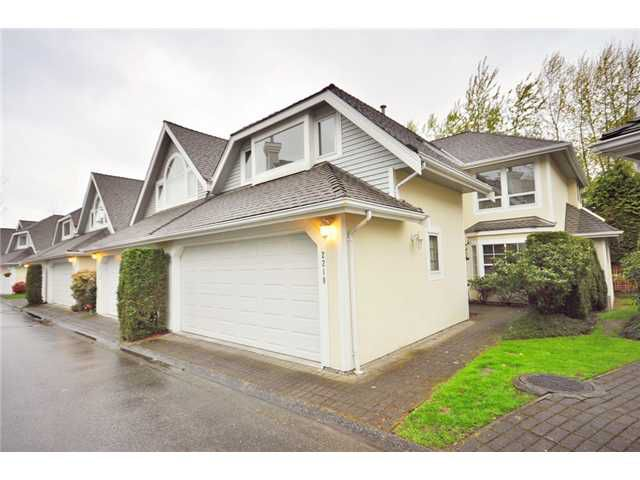 """Main Photo: 2218 PORTSIDE CT in Vancouver: Fraserview VE Condo for sale in """"RIVERSIDE TERRACE"""" (Vancouver East)  : MLS®# V819139"""