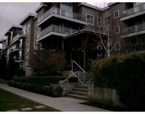 Main Photo: # 104 5700 ANDREWS RD in Richmond: Condo for sale : MLS®# V759478
