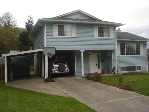 Main Photo: 1533 DOGWOOD AVE in COMOX: Residential Detached for sale : MLS®# 254995