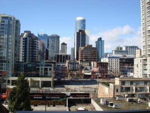 "Main Photo: 806 1055 HOMER Street in Vancouver: Downtown VW Condo for sale in ""DOMUS"" (Vancouver West)  : MLS®# V637260"