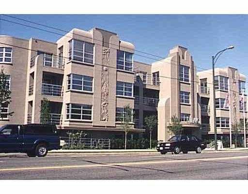 """Main Photo: 204 2983 W 4TH Avenue in Vancouver: Kitsilano Condo for sale in """"THE """"DELANO"""""""" (Vancouver West)  : MLS®# V631674"""