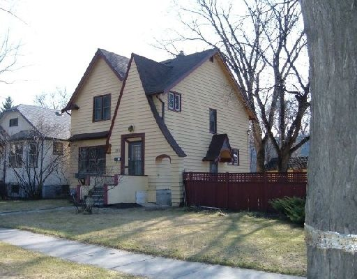 Main Photo: 230 LENORE ST in WINNIPEG: West End / Wolseley Single Family Detached for sale (Central Winnipeg)  : MLS®# 2907199