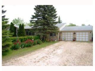 Main Photo: 60 Paul Boulevard in Winnipeg: Residential for sale : MLS®# 2911111