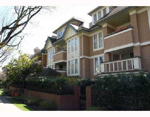 """Main Photo: N203 628 W 13TH Avenue in Vancouver: Fairview VW Condo for sale in """"CONNAUGHT ESTATES"""" (Vancouver West)  : MLS®# V710165"""