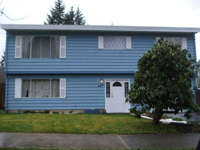Main Photo: 4841-205A street in Langley: Langley City House for sale : MLS®# F1005619