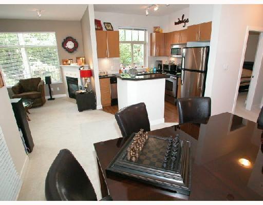 Main Photo: 109 2330 WILSON Avenue in Port_Coquitlam: Central Pt Coquitlam Condo for sale (Port Coquitlam)  : MLS®# V657811