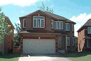 Main Photo: 1595 SEGUIN SQ in PICKERING: Freehold for sale