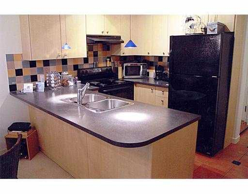 """Main Photo: 906 819 HAMILTON ST in Vancouver: Downtown VW Condo for sale in """"THE 819"""" (Vancouver West)  : MLS®# V537434"""