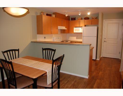 Photo 4: Photos: #152-1100 E 29th in North Vancouver: Lynn Valley Condo for sale : MLS®# V705862