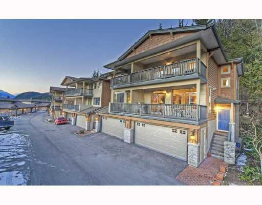 "Main Photo: 18 1026 GLACIER VIEW Drive in Squamish: Garibaldi Highlands Townhouse for sale in ""SEASONVIEW"" : MLS®# V685594"