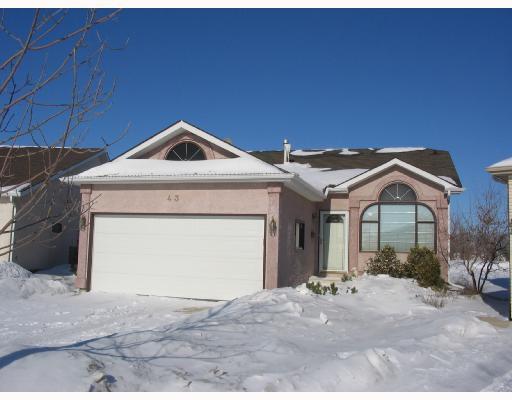 Main Photo: 43 HIGH RIDGE Road in WINNIPEG: Windsor Park / Southdale / Island Lakes Residential for sale (South East Winnipeg)  : MLS®# 2801741