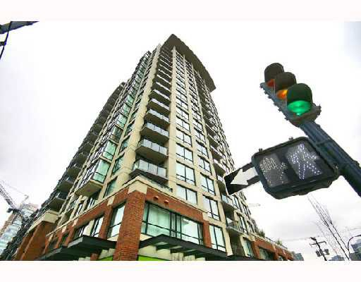 "Main Photo: 1905 1082 SEYMOUR Street in Vancouver: Downtown VW Condo for sale in ""FREESIA"" (Vancouver West)  : MLS®# V689282"