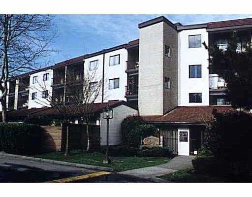 "Main Photo: 115 8740 CITATION Drive in Richmond: Brighouse Condo for sale in ""CHARTWELL MEWS"" : MLS®# V632453"