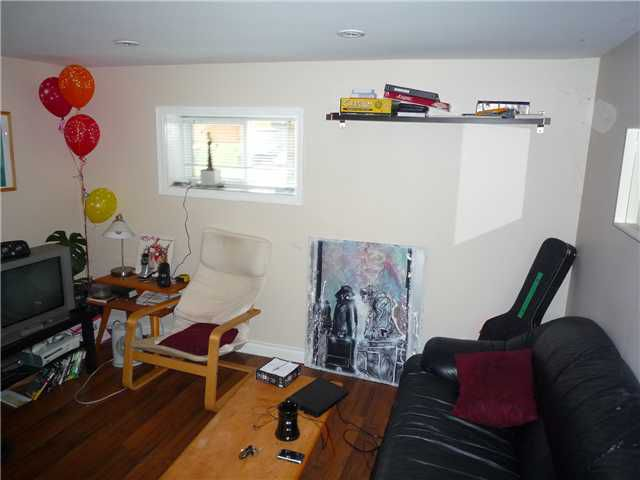 Photo 8: Photos: 4180 ST CATHERINES ST in Vancouver: Fraser VE House for sale (Vancouver East)  : MLS®# V875358