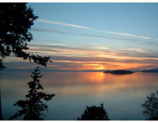Photo 2: Photos: 4957 HIGHWAY 101 BB in Sechelt: Sechelt District House for sale (Sunshine Coast)  : MLS®# V663345