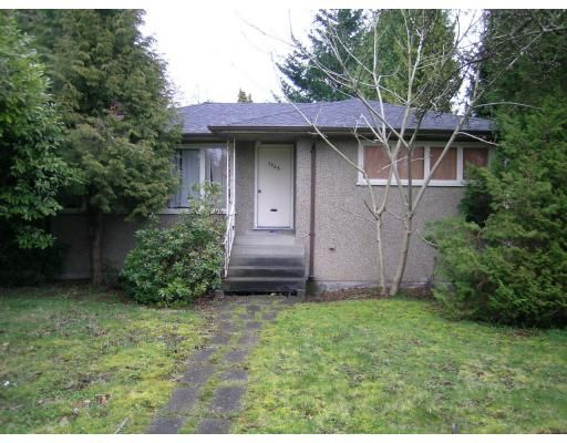 Main Photo: 1656 GRAND BV: House for sale : MLS®# V697094