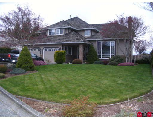 Main Photo: 46702 CROSBY Place in Chilliwack: Fairfield Island House for sale : MLS®# H2802389