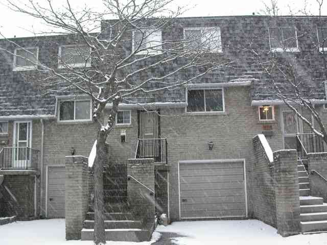 Main Photo:  in Toronto: Condo for sale (E05: TORONTO)  : MLS®# E1286878