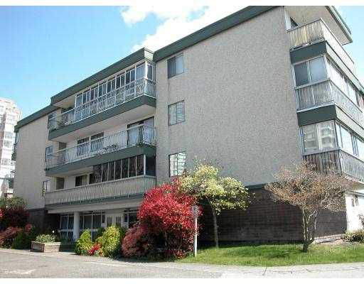 "Main Photo: 311 6380 BUSWELL Street in Richmond: Brighouse Condo for sale in ""THE CRESTWOOD"" : MLS®# V717914"