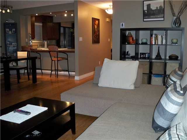 "Photo 1: Photos: 94 6880 LUCAS Road in Richmond: Woodwards Townhouse for sale in ""TIMBERWOOD VILLAGE"" : MLS®# V866816"